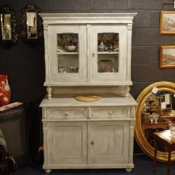 Continental Dresser