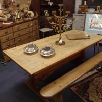 Pine Tavern Table