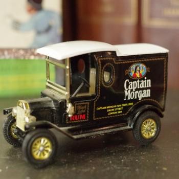 Captain Morgans Vintage Style Bus