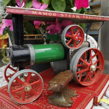 SOLD-Nomad Vintage Steam Tractor